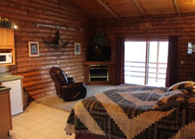wisconsin dells resorts, cedar lodge, lake delton family vacation resorts, wisconsin river resorts