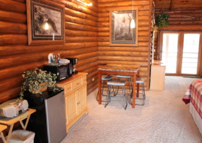 cabins in the dells, wisconsin dells package deals, wisconsin dells resorts, cedar lodge, lake delton family vacation resorts, wisconsin river resorts