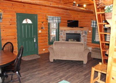 wisconsin dells resorts for adults, wisconsin dells lake house rentals