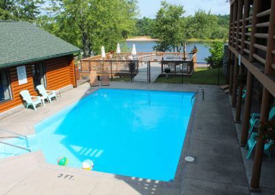 swimming pool at cedar lodge,cabin rentals in wisconsin, wisconsin dell, best waterpark in wisconsin dells
