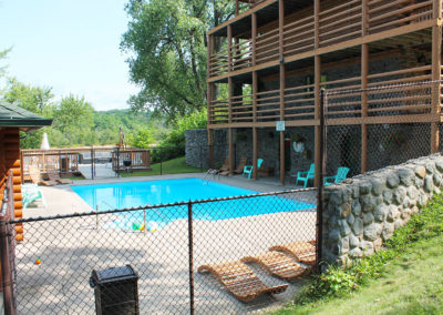 wisconsin river lodging wi dells, wisc dells,swimming pool at cedar lodge