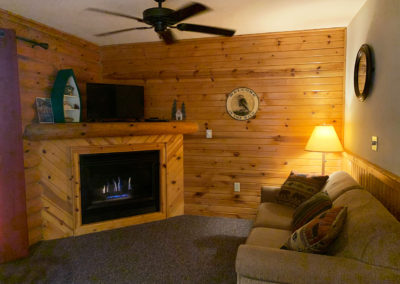 wisconsin riverfront lodging, wisconsin river lodging wi dells, wisc dells, hotels in wisconsin dells wi